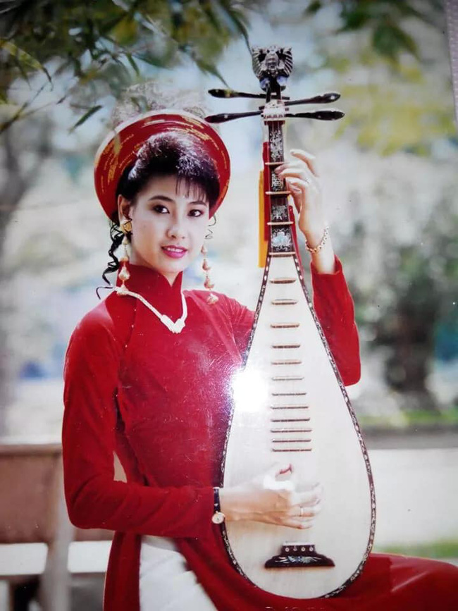 Hà Kiều Anh chia sẻ ảnh 20 năm trước, nhan sắc khiến cả Hoa hậu không tuổi Giáng My cũng phải trầm trồ: Đẹp như Kiều! - ảnh 1