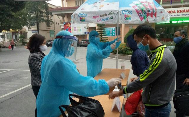Dịch Covid-19 ngày 9/4: VN ghi nhận thêm 4 ca bệnh; 2 bệnh nhân ở thôn Hạ Lôi tiếp xúc gần với 316 người - Ảnh 1.