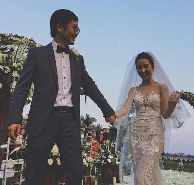 Tuesday nổi tiếng nhất Trung Quốc khoe nhẫn đánh dấu chủ quyền trong khi vợ hợp pháp xóa sạch ảnh chồng: Phải chăng hôn nhân của chủ tịch Taobao đã kết thúc? - Ảnh 5.