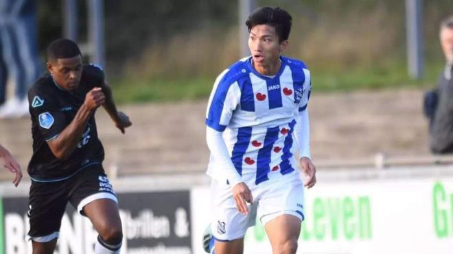 HLV Heerenveen: Đoàn Văn Hậu bật nhảy tốt nhưng bứt tốc chưa nhanh - Ảnh 1.