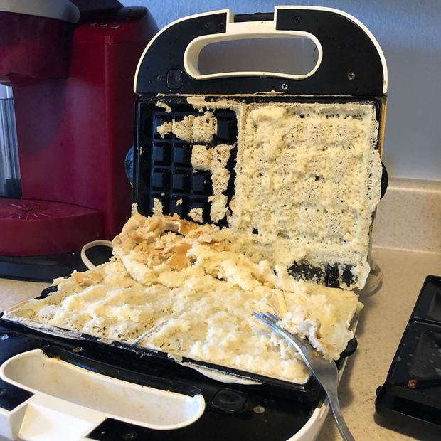 17 người đi vào bếp và biến mọi món ăn thành thảm họa chỉ trong một nốt nhạc - Ảnh 5.