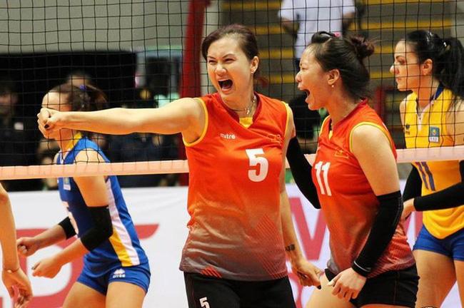 Hoa khôi bóng chuyền Kim Huệ bật khóc: Chấn thương nặng, sợ bị lãng quên - Ảnh 2.