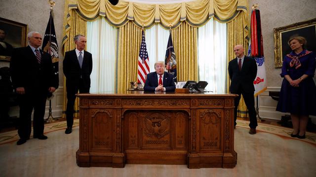 Chuyên gia Hoa Kỳ bình luận gì về việc Việt Nam được mời đối thoại với Bộ tứ kim cương để tái cấu trúc chuỗi cung ứng toàn cầu? - Ảnh 4.
