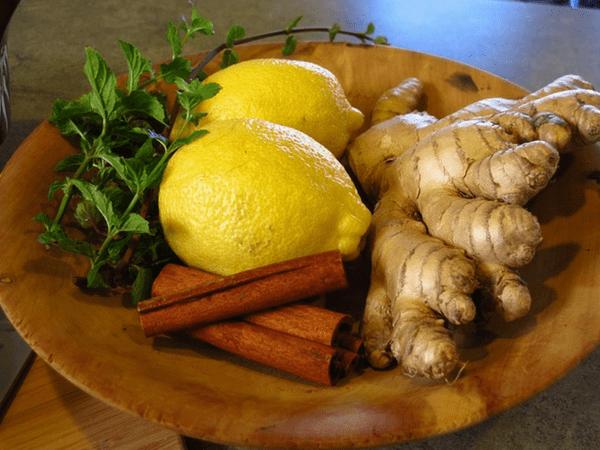 10 thực phẩm giúp giảm axit dạ dày hiệu quả - Ảnh 3.