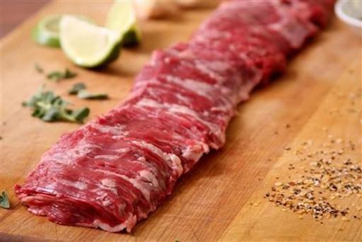 Chị bán thịt bò 17 năm kinh nghiệm bật mí 3 phần thịt bò bà nội trợ Việt nên chọn mua vì giá vừa rẻ lại cực dôi, không bị hao hụt khi chế biến - Ảnh 4.