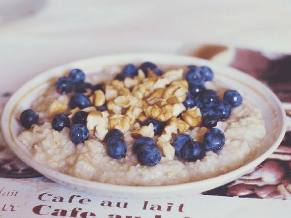 10 thực phẩm giúp giảm axit dạ dày hiệu quả - Ảnh 6.