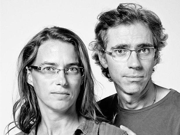 20 năm đi tìm những người xa lạ trông như sinh đôi để chụp ảnh, nhiếp ảnh gia cho ra đời bộ ảnh về hiện tượng bí ẩn chưa có lời giải - Ảnh 9.