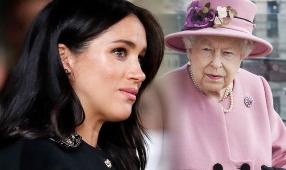 Cuốn nhật ký bí mật của Meghan Markle: Đòn chí mạng dành cho Nữ hoàng Anh hay là nấm mồ chôn vùi mọi toan tính của nàng dâu hoàng gia? - Ảnh 1.