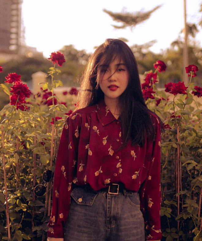 Mê mẩn loạt ảnh của Bách Liên - gái đẹp Nha Trang đang hot: Người đâu xinh quá vậy trời! - Ảnh 1.