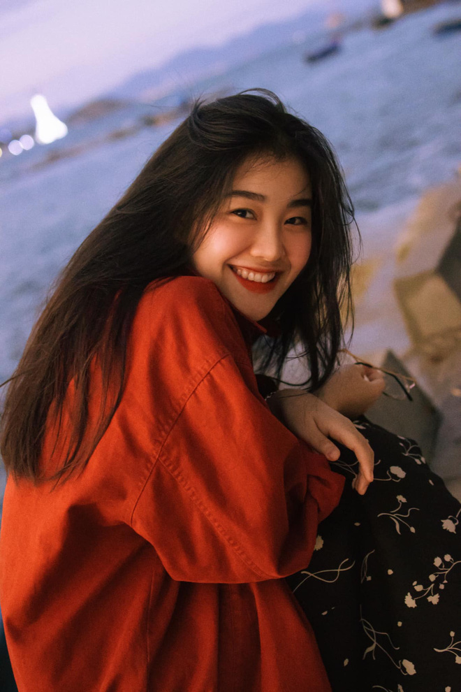 Mê mẩn loạt ảnh của Bách Liên - gái đẹp Nha Trang đang hot: Người đâu xinh quá vậy trời! - Ảnh 2.