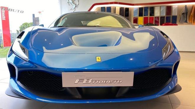 Ferrari F8 Tributo chào hàng đại gia Việt, giải đáp thắc mắc số tiền mua xe của Cường 'Đô-la' - Ảnh 1.