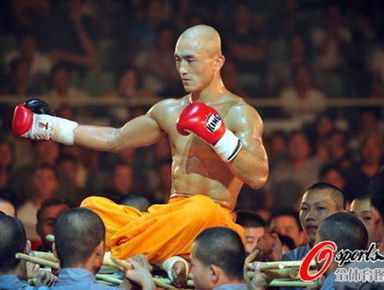 Đệ nhất Thiếu Lâm chịu nỗi nhục lớn ở đại hội võ lâm TQ vì mải livestream, quên tập võ - Ảnh 1.