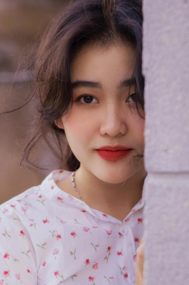Mê mẩn loạt ảnh của Bách Liên - gái đẹp Nha Trang đang hot: Người đâu xinh quá vậy trời! - Ảnh 3.