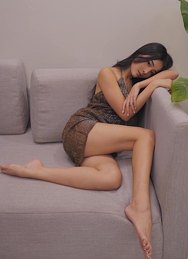 Vẻ nóng bỏng đời thường của tiểu tam hot nhất showbiz Việt - Ảnh 5.