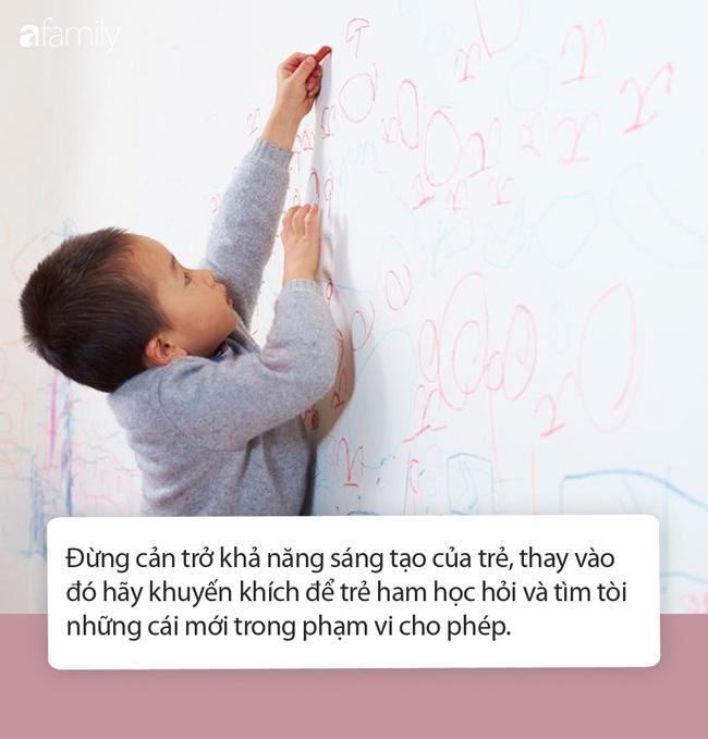 Mặc cho Tôn Lệ phản đối, Đặng Siêu vẫn cho hai con vẽ chằng chịt lên tường nhà vì lý do mà ai nghe thấy cũng phải khen ngợi - Ảnh 3.