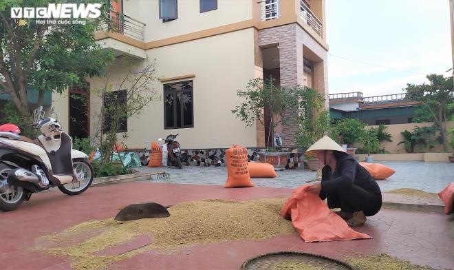 Ngắm những ngôi nhà to đẹp của hộ cận nghèo và nhà cấp 4 khá xập xệ của hộ giàu ở Thanh Hóa - Ảnh 5.