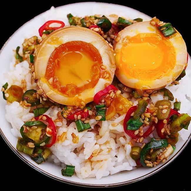 Trend ngâm tương chưa bao giờ hết hot: Từ trứng, cua hay cá hồi ngâm tương đều được yêu thích vô cùng - Ảnh 3.