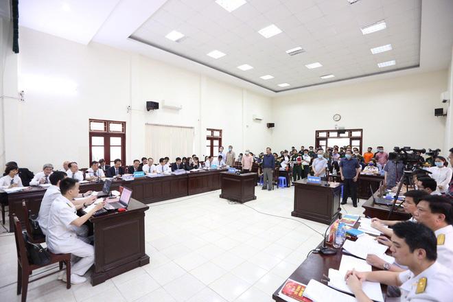 Xử Đô đốc Nguyễn Văn Hiến và đồng phạm: Thời Bộ trưởng Quốc phòng Phùng Quang Thanh từng có chỉ đạo ngăn sai phạm - Ảnh 1.