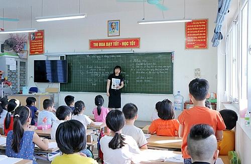 Đảm bảo yêu cầu phòng dịch khi đón học sinh trở lại trường - Ảnh 1.