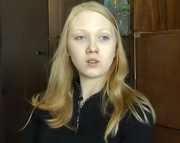 Ký ức kinh hoàng của 2 thiếu nữ bị gã đàn ông bắt cóc trong hơn 3 năm, mang thai và sinh con cho hắn - Ảnh 2.
