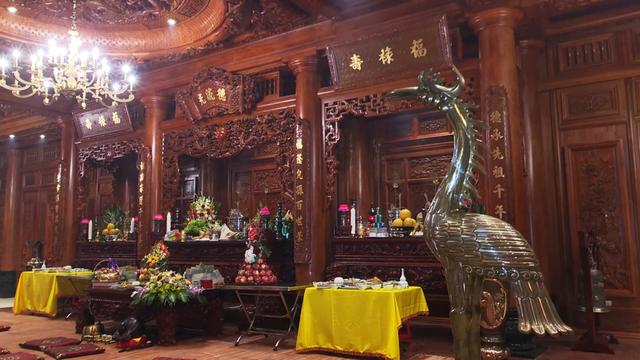Chiêm ngưỡng lâu đài mạ vàng gây choáng của đại gia Ninh Bình - Ảnh 9.