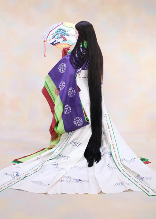 Điều ít biết về bộ trang phục 12 lớp, nặng 20 kg đỉnh cao vẻ đẹp trang phục truyền thống Nhật Bản, Hoàng hậu Masako cũng từng mặc ngày đăng quang - Ảnh 10.