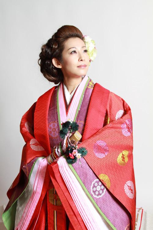 Điều ít biết về bộ trang phục 12 lớp, nặng 20 kg đỉnh cao vẻ đẹp trang phục truyền thống Nhật Bản, Hoàng hậu Masako cũng từng mặc ngày đăng quang - Ảnh 7.