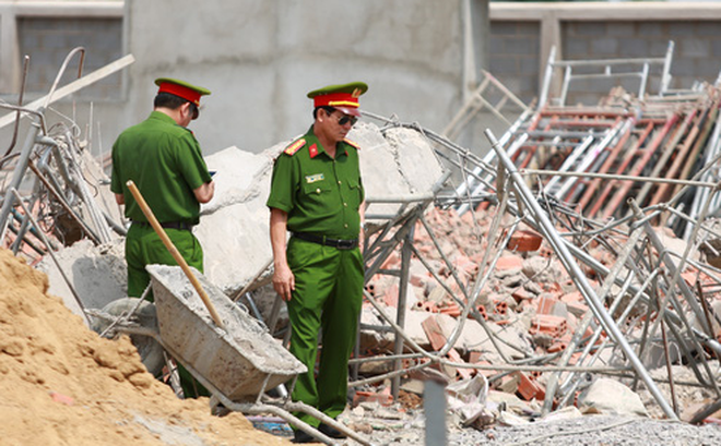 Khởi tố vụ sập tường khiến 10 người tử vong ở tỉnh Đồng Nai - Ảnh 1.