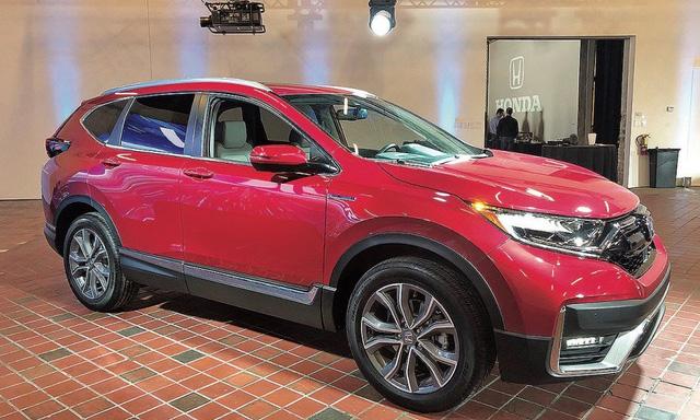 Đại lý giảm giá dọn kho Honda CR-V 'lô nhập cuối', dọn đường chờ xe lắp ráp miễn 50% trước bạ - Ảnh 2.