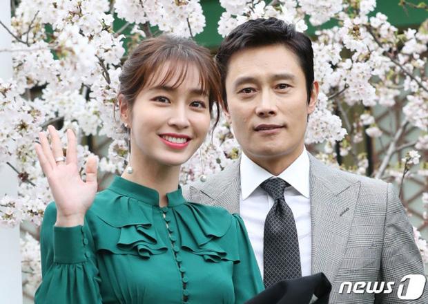 Lee Byung Hun: Tài tử khiến Song Hye Kyo và dàn nữ thần yêu điên dại, đầy bê bối tình dục và cú lột xác nhờ minh tinh tài phiệt - Ảnh 21.