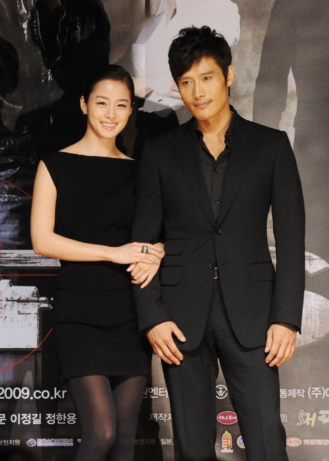 Lee Byung Hun: Tài tử khiến Song Hye Kyo và dàn nữ thần yêu điên dại, đầy bê bối tình dục và cú lột xác nhờ minh tinh tài phiệt - Ảnh 6.