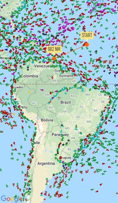 NÓNG:  5 tàu dầu Iran xông thẳng vào đội hình chiến hạm hùng hậu của Hải quân Mỹ - 72h căng thẳng bắt đầu, Nga lên tiếng khẩn - Ảnh 4.