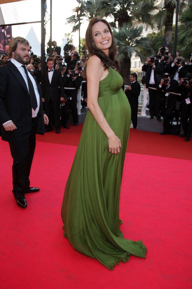 72 mùa Cannes đã trôi qua nhưng đây vẫn mãi là những bức ảnh huyền thoại để nhớ về màn đọ hương sắc lụa là kinh diễm trên thảm đỏ - Ảnh 15.