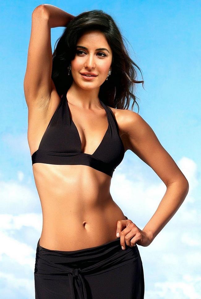 Dù đã U40 nhưng nữ diễn viên xinh đẹp Katrina Kaif vẫn sở hữu thân hình săn chắc và vòng eo con kiến, tất cả là nhờ vào 2 môn thể dục này - Ảnh 3.