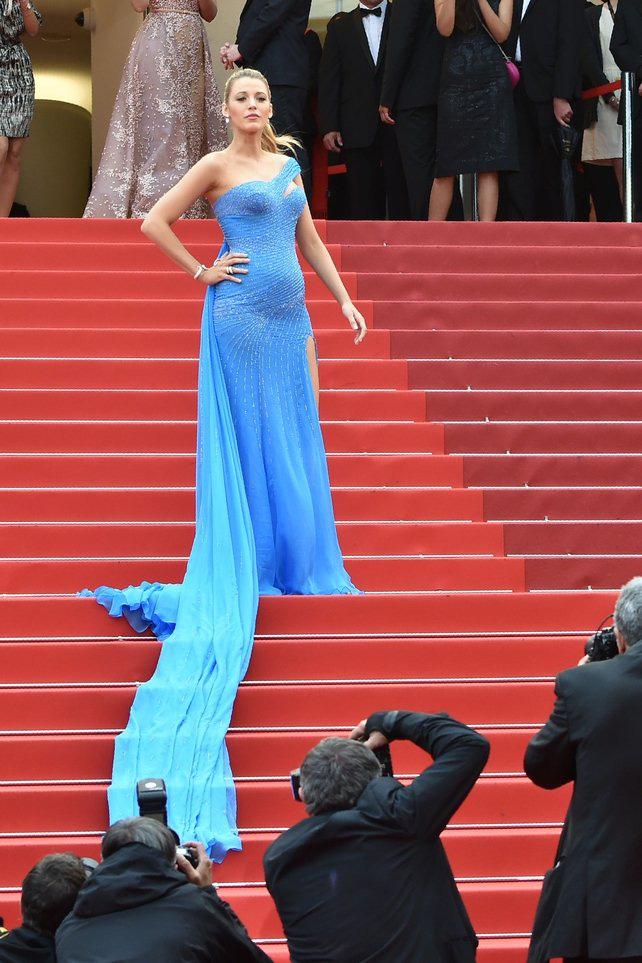 72 mùa Cannes đã trôi qua nhưng đây vẫn mãi là những bức ảnh huyền thoại để nhớ về màn đọ hương sắc lụa là kinh diễm trên thảm đỏ - Ảnh 20.