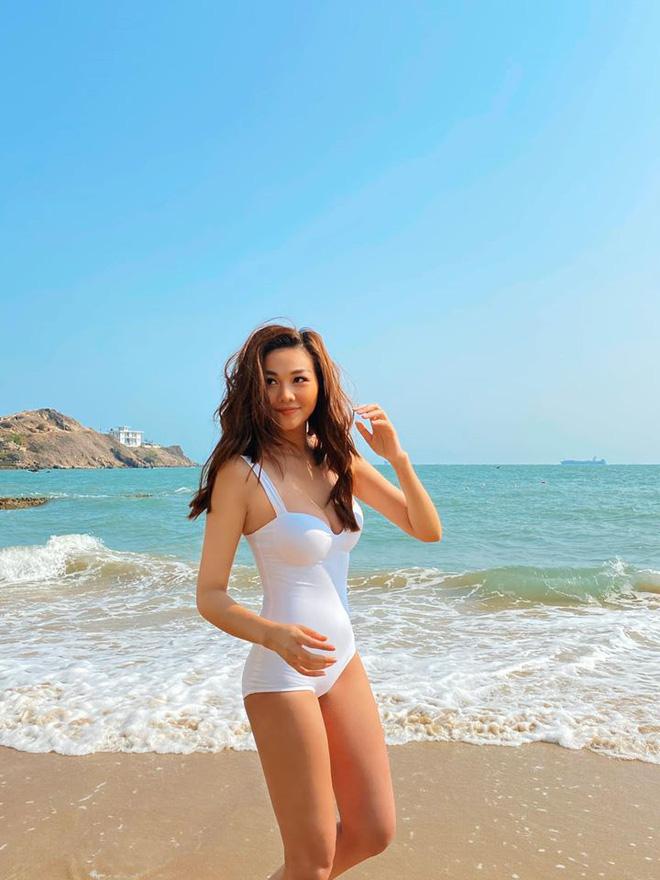 Điểm danh 4 mỹ nhân Việt đang sở hữu vòng eo 53cm: từ siêu mẫu đến Hoa hậu, ca sĩ đều có đủ cả - Ảnh 8.
