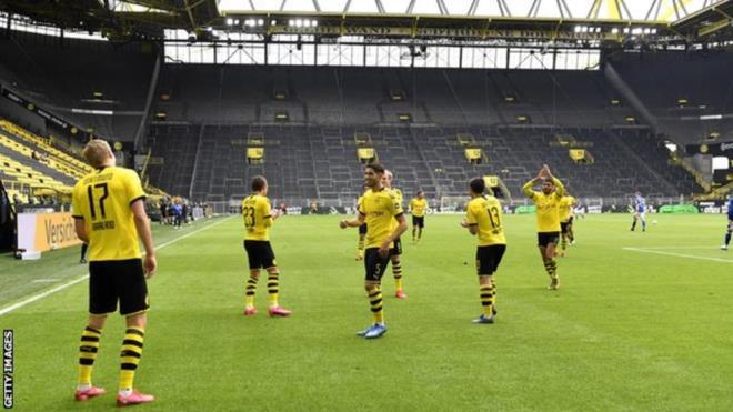 Giám đốc Bundesliga: Nếu thực sự giỏi, Haaland còn ở Dortmund làm gì?  - Ảnh 1.