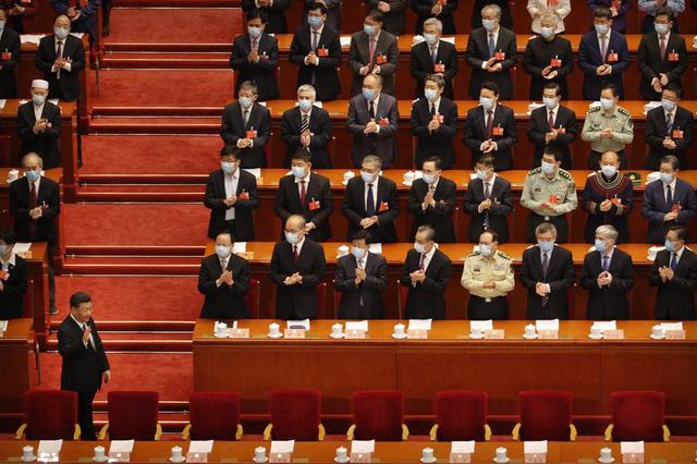 Trung Quốc mở màn lưỡng hội sau hai tháng trì hoãn - Ảnh 1.