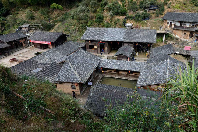 Bí ẩn đến nay vẫn chưa có lời giải đáp: Ngôi làng nằm trên núi không một con muỗi nào dám bén mảng đến suốt 100 năm qua - Ảnh 3.