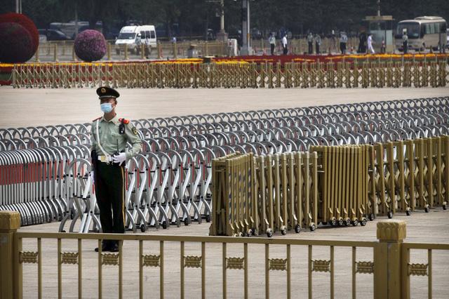 Trung Quốc mở màn lưỡng hội sau hai tháng trì hoãn - Ảnh 4.