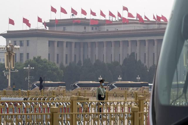 Trung Quốc mở màn lưỡng hội sau hai tháng trì hoãn - Ảnh 5.