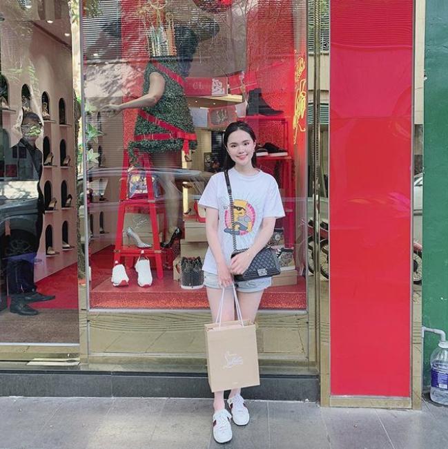 Vừa tiết lộ doanh thu 1 tháng gần 2 tỷ, bà bầu 9X Quỳnh Anh - vợ cầu thủ Duy Mạnh đã mạnh tay sắm cả núi đồ hiệu - ảnh 7