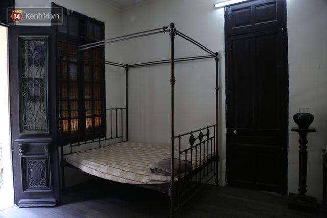 Ngắm ngôi biệt thự 800m2 của đại gia giàu nhất phố cổ Hà Nội một thời, từng xuất hiện trên nhiều bộ phim nổi tiếng - Ảnh 11.