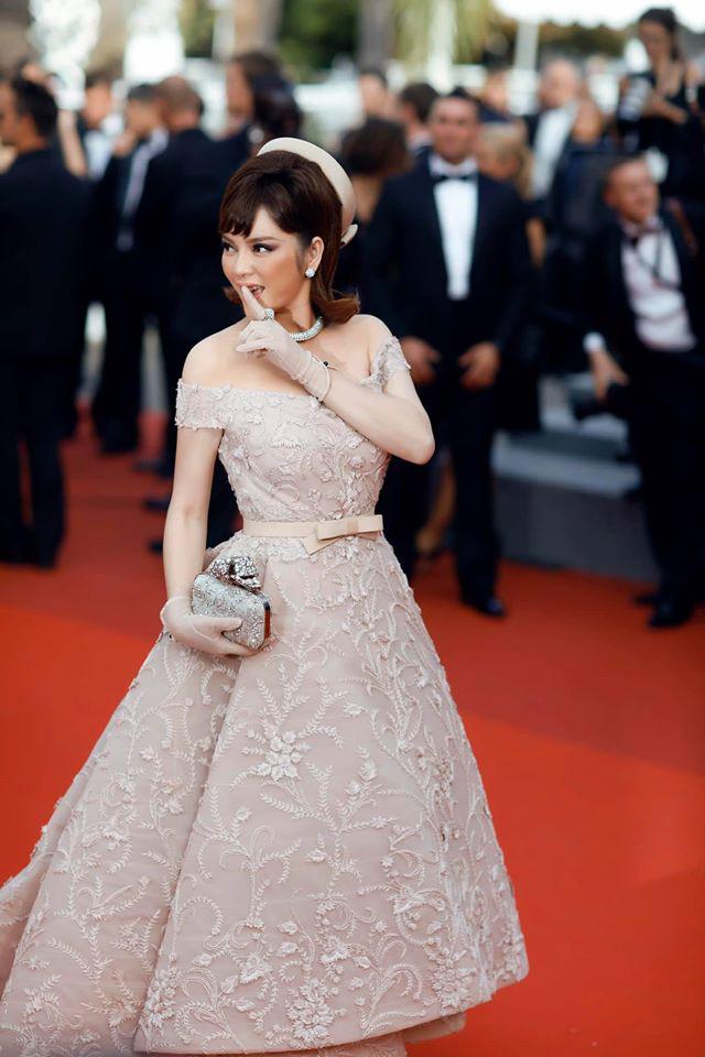 Lý Nhã Kỳ và những lần càn quét thảm đỏ Cannes: Đẳng cấp chẳng kém sao quốc tế, gây sốt nhất là màn đọ sắc bên Phạm Băng Băng - ảnh 7