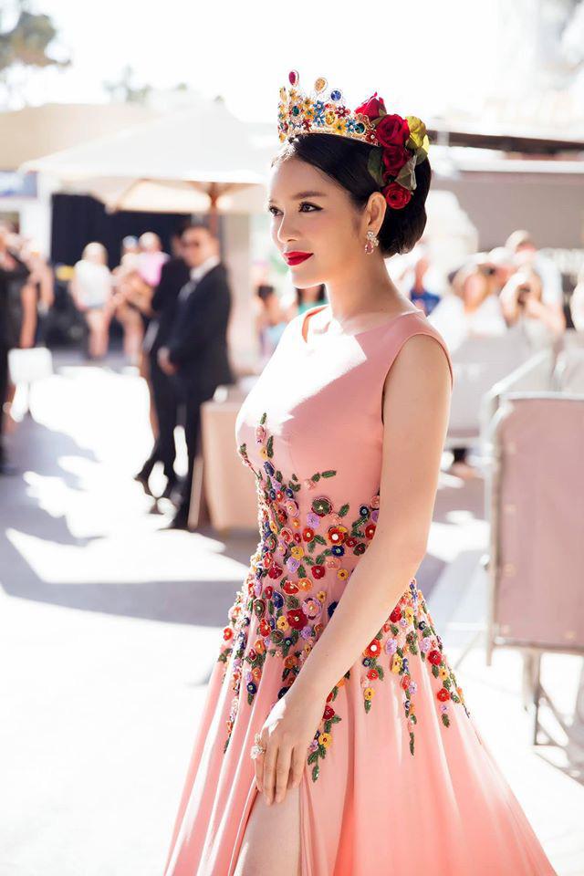 Lý Nhã Kỳ và những lần càn quét thảm đỏ Cannes: Đẳng cấp chẳng kém sao quốc tế, gây sốt nhất là màn đọ sắc bên Phạm Băng Băng - ảnh 9