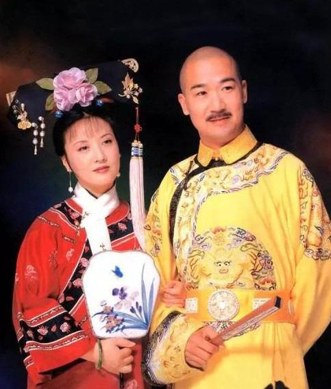 Càn Long Trương Quốc Lập: 30 năm hạnh phúc bên người vợ hiền dù không có con chung - Ảnh 2.