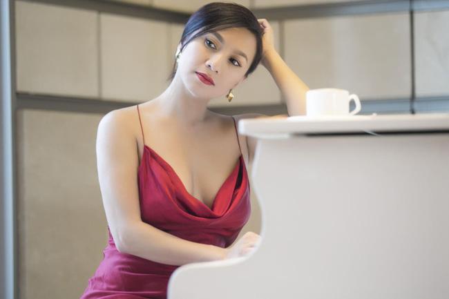 Nhan sắc hội đại mỹ nhân là Nữ hoàng ảnh lịch một thời: Diễm Hương, Việt Trinh càng lớn tuổi càng đằm thắm, Y Phụng khác biệt ra sao? - Ảnh 18.