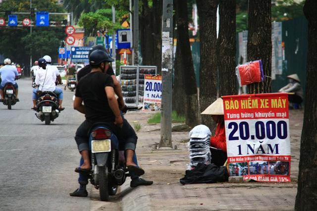 Bộ trưởng Tài chính hoả tốc chỉ đạo kiểm tra việc bán bảo hiểm xe máy - Ảnh 1.