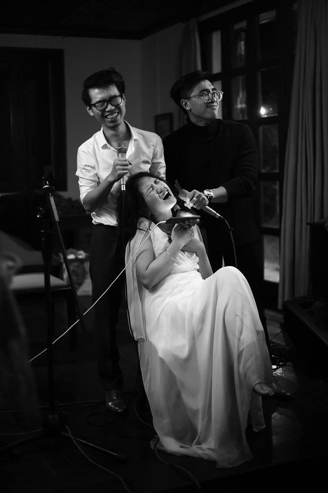 Đám cưới đặc biệt như phim của cô dâu nhà nghề ở Đà Lạt: Chỉ có 50 khách mời, không chụp trước hình cưới và thật nhiều nước mắt - Ảnh 13.