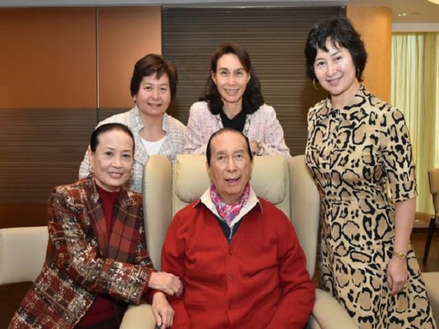 Cuộc đời ly kỳ như phim và khối tài sản khổng lồ của vua sòng bạc Macau vừa qua đời - Hà Hồng Sân - Ảnh 10.